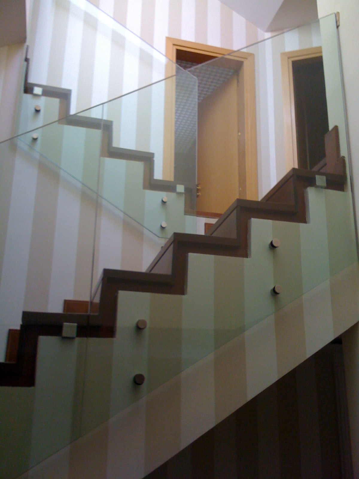 Barandillas y escaleras vidrosvazquez - Barandilla escalera interior ...
