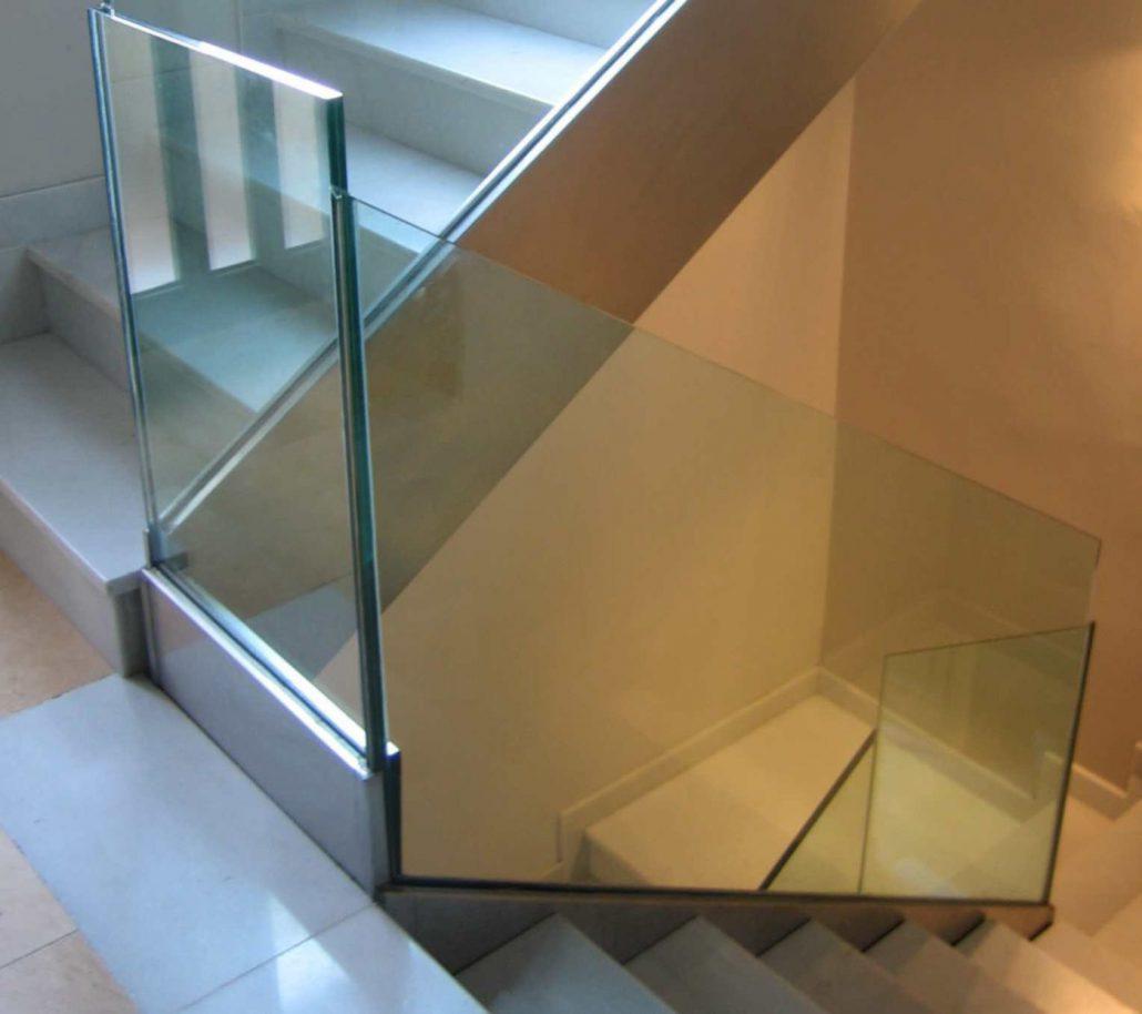 Barandillas y escaleras vidrosvazquez - Barandilla cristal escalera ...