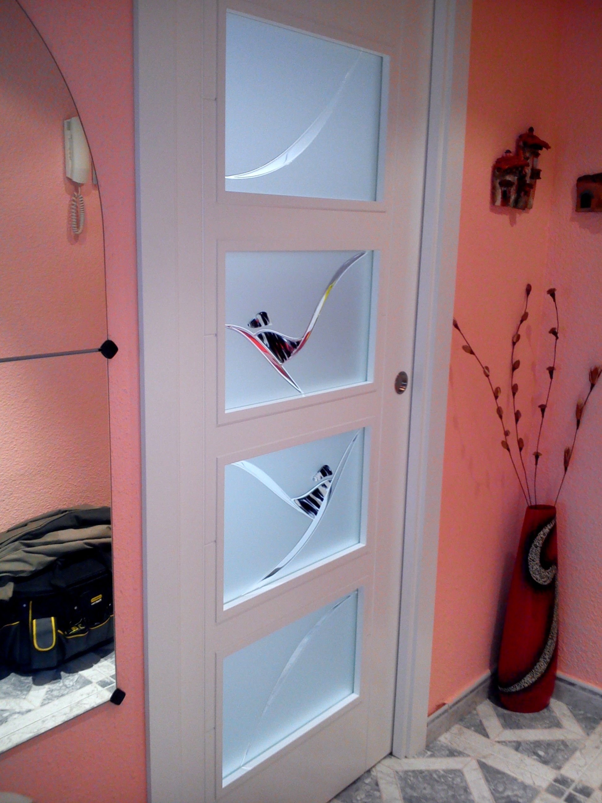 Resinas para puertas vidrosvazquez for Vidrios decorados para puertas interiores